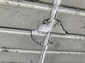 水戸市の店舗様雨漏り調査で分かった外壁割れ