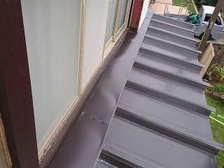 瓦棒葺き屋根カバー工事
