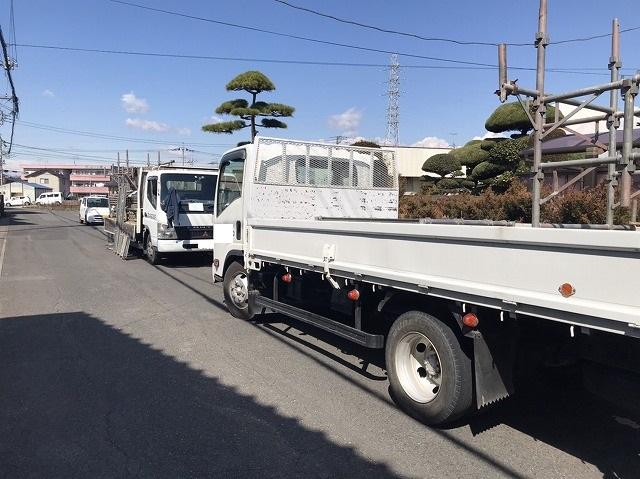 足場屋のトラック