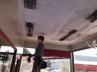 天井器具外し大工