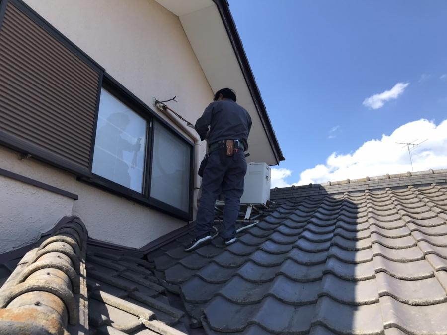 石岡市で屋根葺き替え前のエアコン撤去