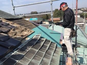 銅板腰葺き屋根の下地補修でルーフィング貼り