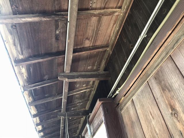 ひたちなか市のI様邸で雨漏り修理を行う予定の庇の下地