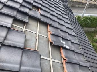 ひたちなか市で台風の影響により飛散した和瓦2階屋根アップ