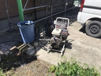 城里町で外壁洗浄に使うエンジン式エンジン式高圧洗浄機
