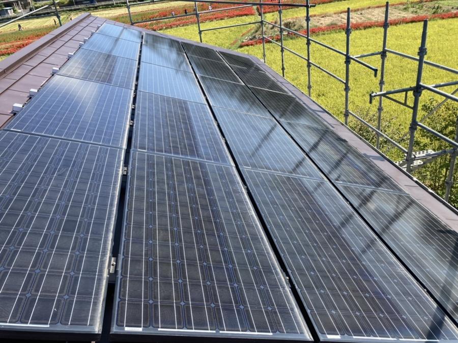 カバー工法後、外した太陽光パネルを再設置