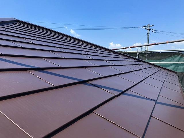 屋根リフォームカバー工法施工完了