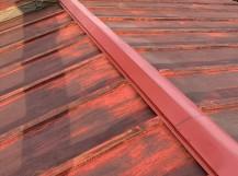 屋根修理が完了した結城市の棟板金