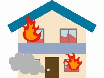 家の火災イラスト