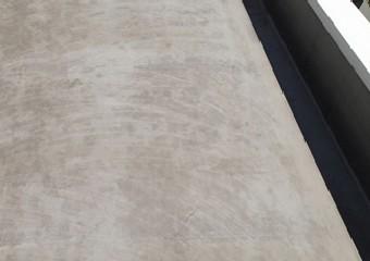ざらついた屋根